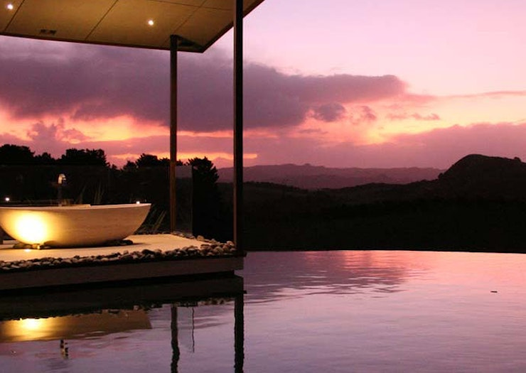 8 Romantic Getaways In And Around Auckland To Book For You And Your Squeeze