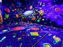 Smash A Hole In One At Perth's First 3D Glow In The Dark Mini Golf
