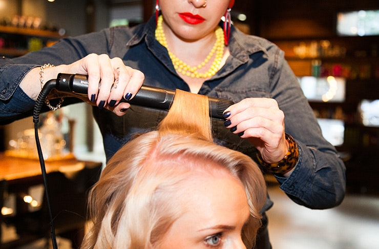 The best beauty tips on how to style your hair with a hair straightener