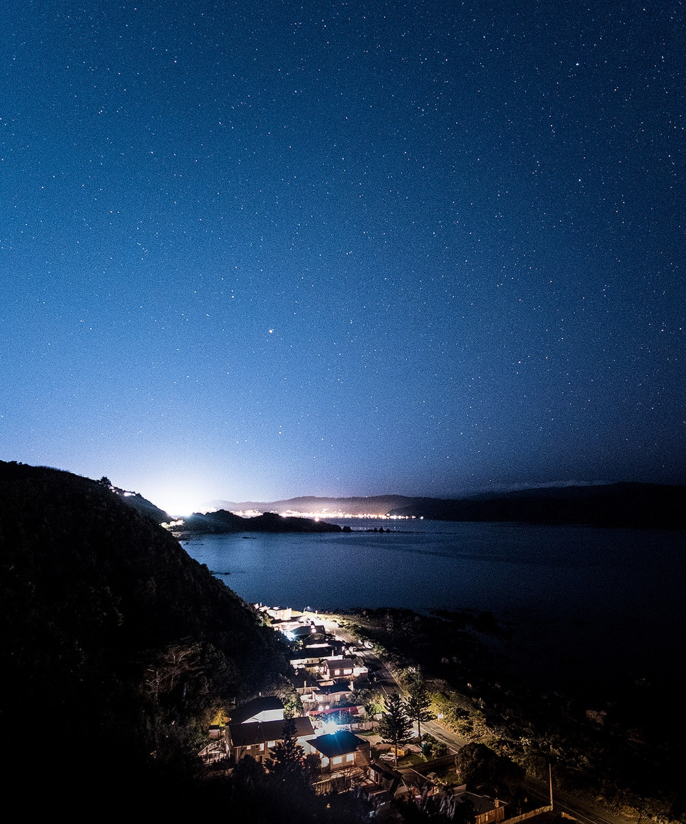 The stars appear over Breaker Bay in a beautiful cacophony of light.