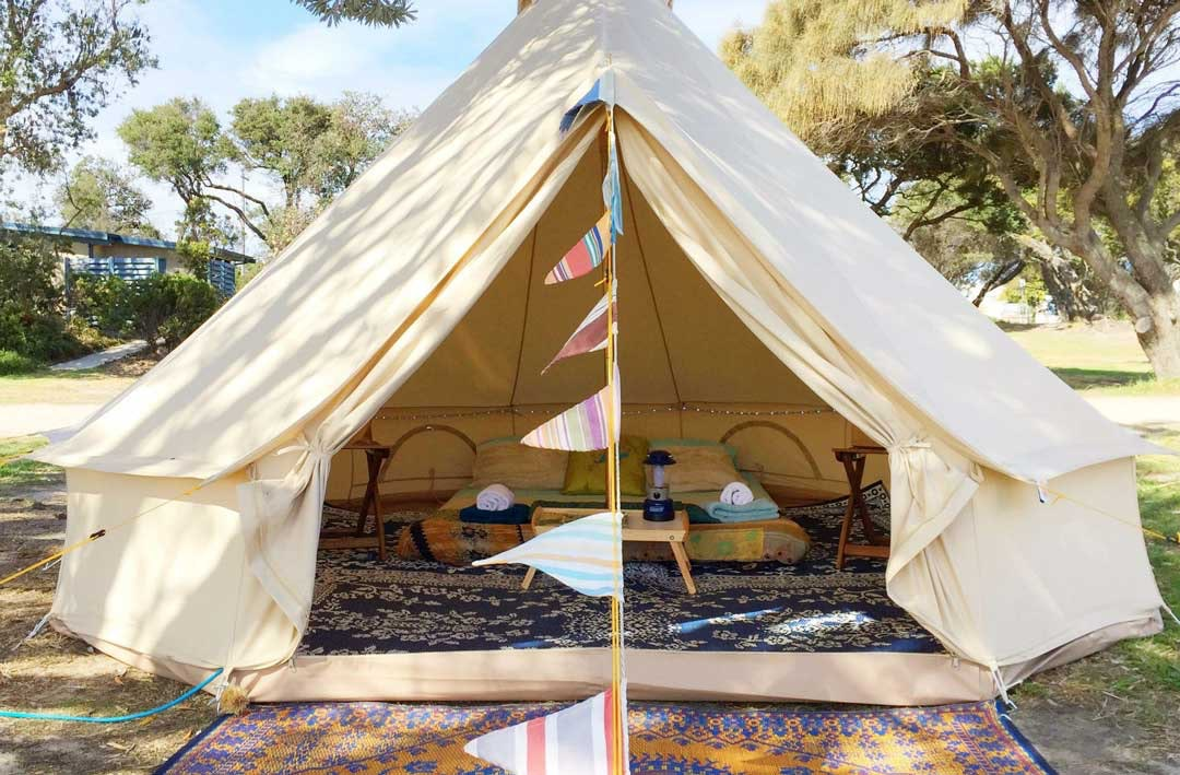 best-glamping-spots-victoria-happy-glamper