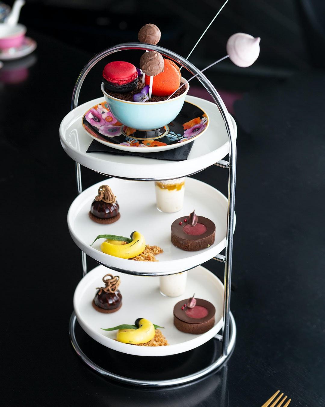 best-high-tea-melbourne-om-nom-adelphi