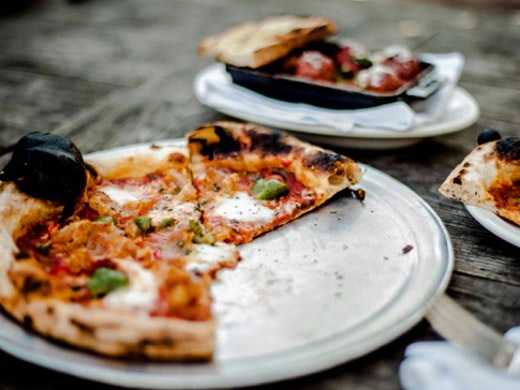 hungry-bear-melbourne-pizza