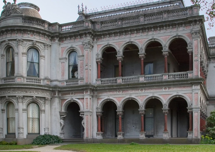 Get Spooked At This Immersive Dance Theatre Horror Experience Set In A Caulfield Mansion