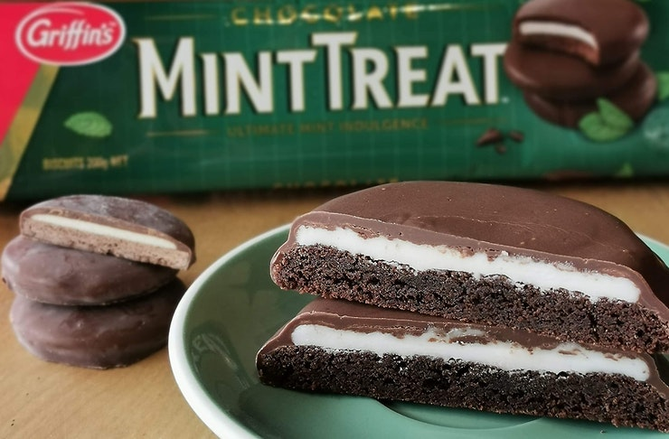 MintTreat Giant Cookie