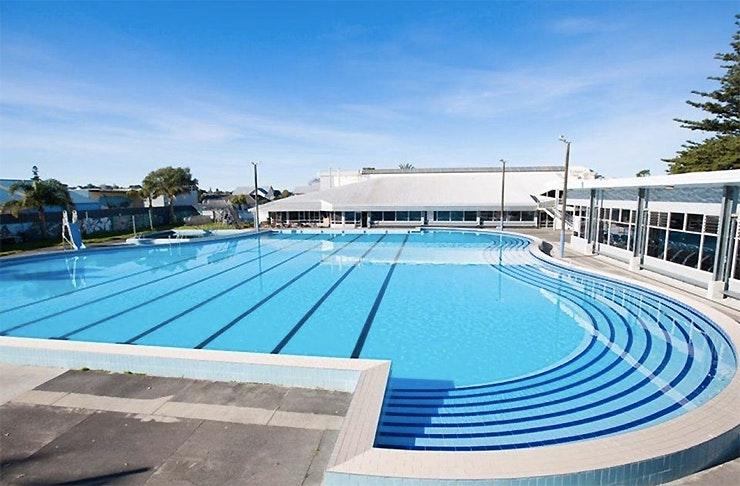 Onehunga War Memorial pool