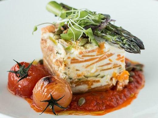 Best View Restaurants Auckland, Skytower Restaurants, orbit hours, orbit menu, skytower auckland
