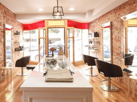 Que Colour hair salon in Sydney