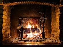 Cosy Up For Winter With 7 Auckland Lumberyards Who'll Deliver Firewood To Your Door