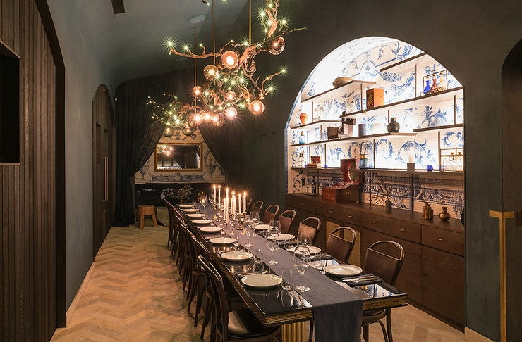 The private room at Tantalus Estate, Waiheke showing a long table with gorgeous furnishings