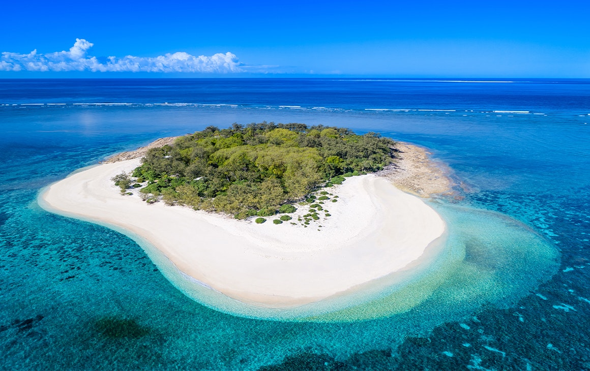 A seemingly deserted island in the Great Barrier Reef