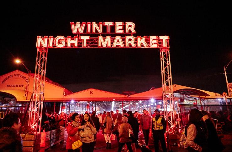 winter-night-market-october