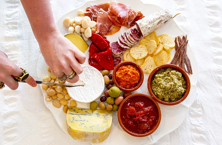 Woo Your Lover With The Perfect Platter