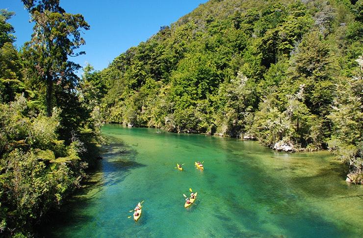 best-spots-kayaking-sydney