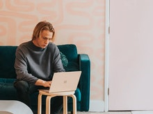 How To Nail Your WFH Set Up According To A Chiropractor