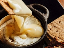Gouda News, You Can Now Warm Up With A High Cheese Afternoon Tea