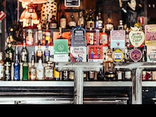 Round Up Your Crew, The Oxford Tavern Is Shouting Free Food And Drinks Tomorrow